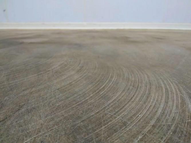 broušení podlahy před aplikací epoxidového nátěru